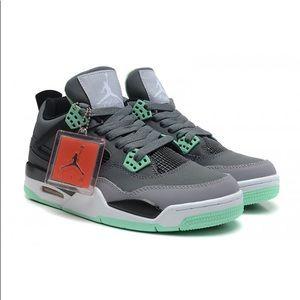 Jordan Retro 4 Green Glow